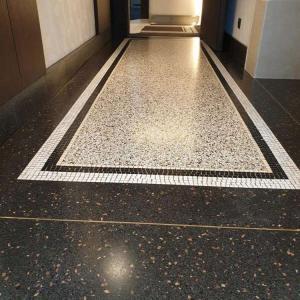 Terrazzo vloer aan huis